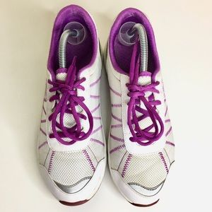 VIONIC Alliance Orthotic Mesh Sneakers Size 9